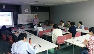 李先生による講義の様子《クリックで大きな画像》